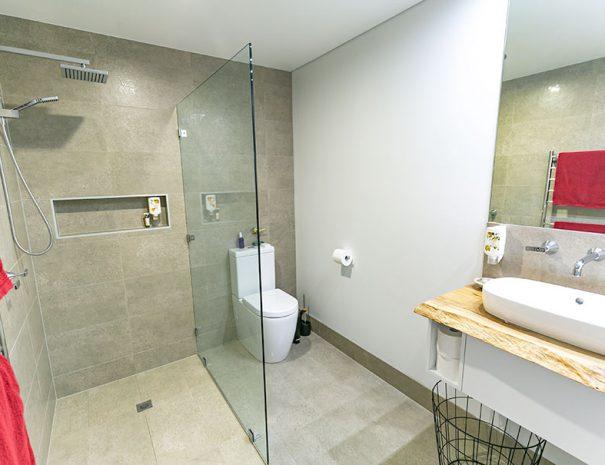 Tree Chalets Bathroom
